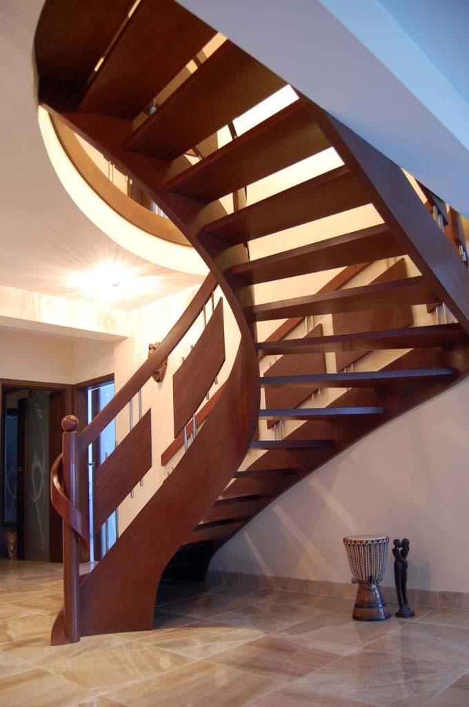 schody jednozabiegowe 18