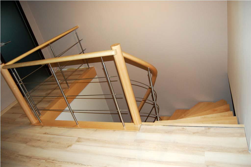 schody gięte drewniane 12