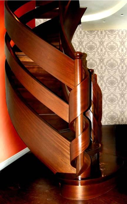 ekskluzywne schody drewniane gięte
