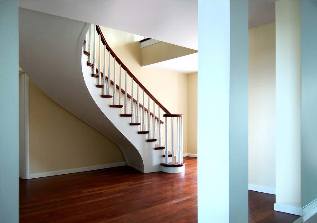 schody drewniane wewnętrzne wersja biała
