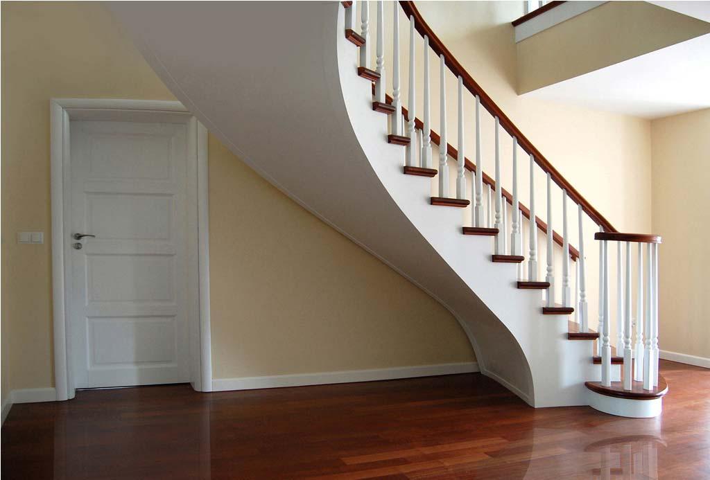 schody jednozabiegowe drewniane