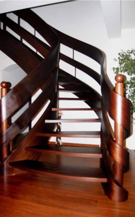 schody kręcone z drewna wersja 10