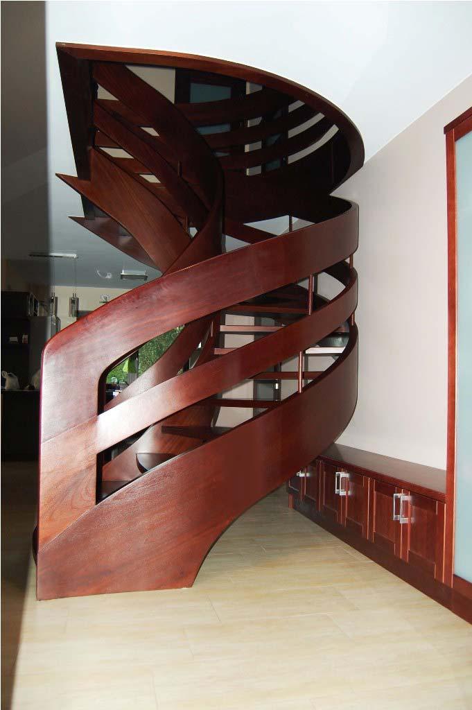 schody kręcone w salonie wersja 15
