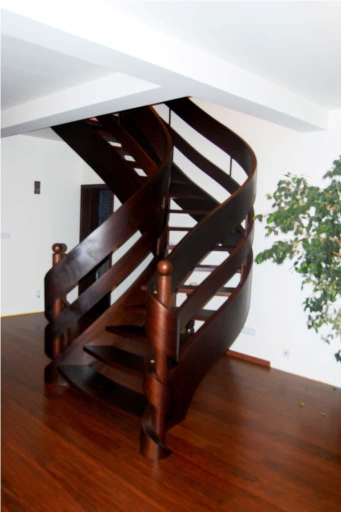 schody kręcone w domu