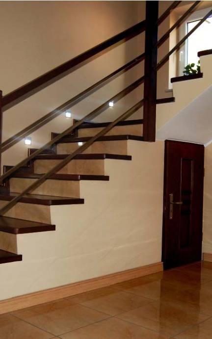 schody nowoczesne kolory jasne i ciemne