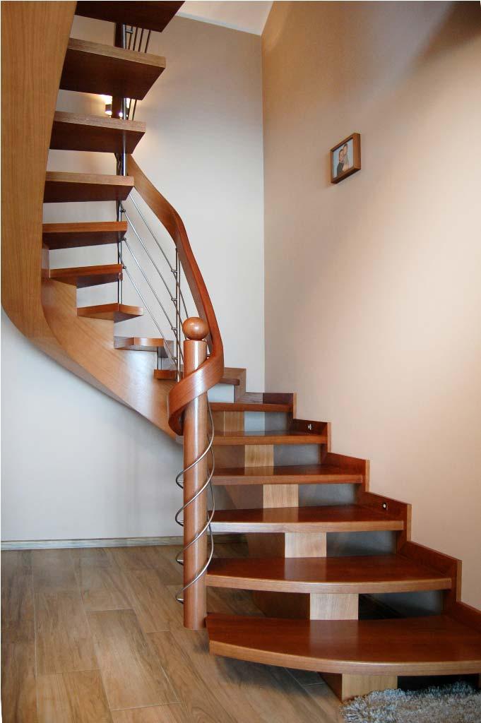 schody drewniane typu c