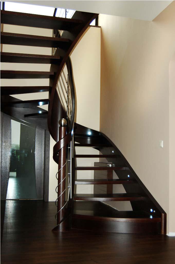 schody wewnętrzne 11