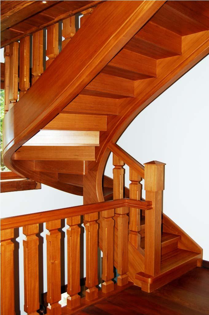 schody wewnętrzne drewniane 5