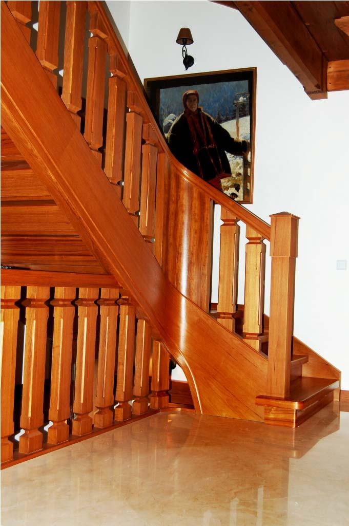 schody wewnętrzne drewniane 6