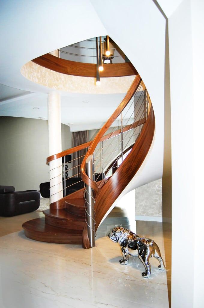 schody gięte drewniane 7