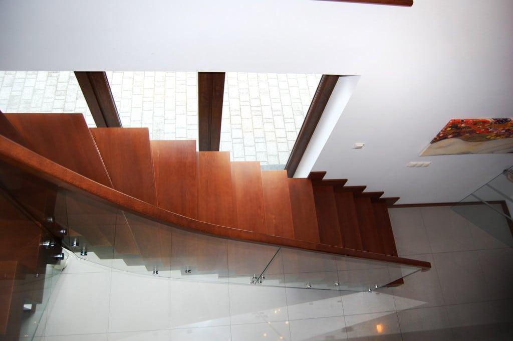 nowoczesne schody dywanowe 7