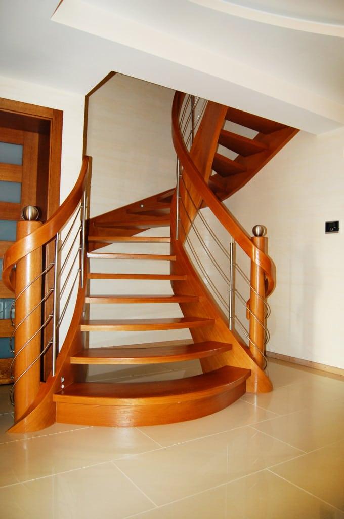 nowoczesne schody gięte 10