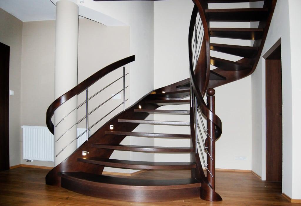 schody drewniane gięte sp74
