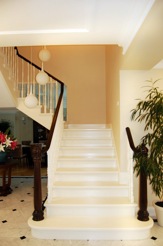 schody drewniane prudlik biale 3