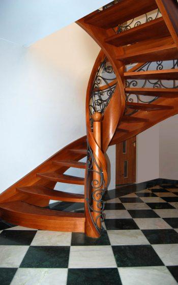 Drewno Dąb barwiony, schody ażurowe typu C